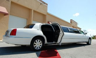 lincoln stretch limo Kansas City